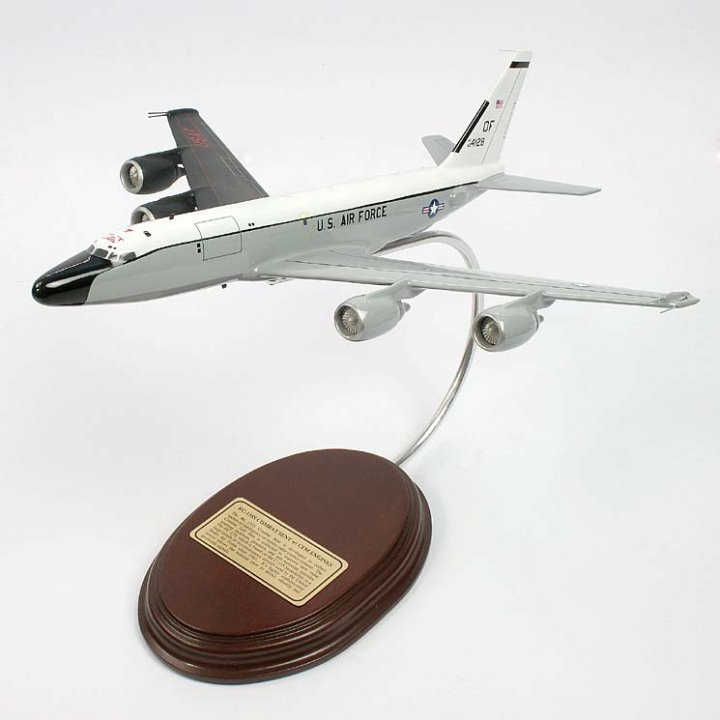 RC-135S Combat Sent w/ CFM Engines Model Aircraft